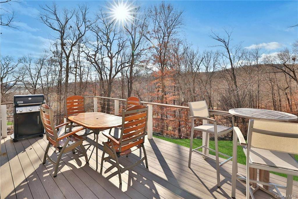 34. Residential for Sale at 7 Scandell Court, Stony Point, NY 10986 Tomkins Cove, New York 10986 United States