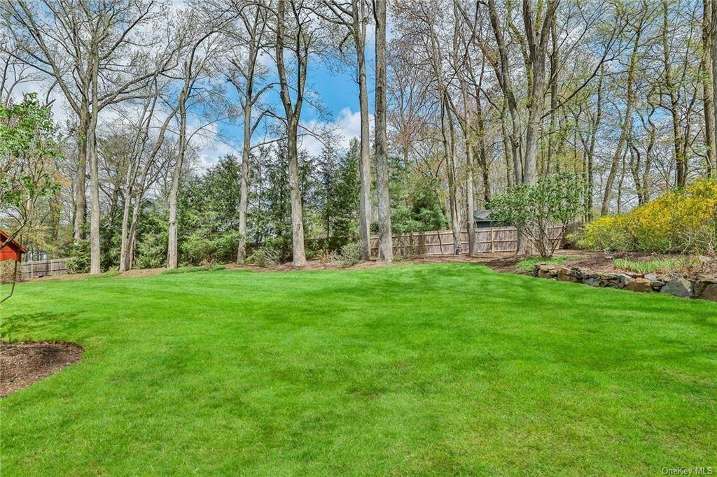 35. Residential for Sale at 1A Century Road Palisades, New York 10964 United States