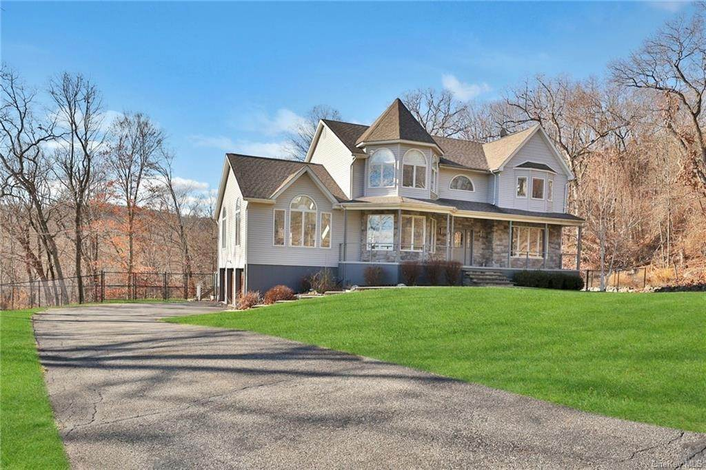 35. Residential for Sale at 7 Scandell Court, Stony Point, NY 10986 Tomkins Cove, New York 10986 United States