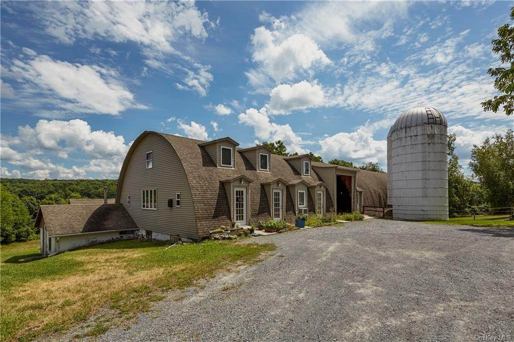 36. Residential for Sale at 22 Taylor Road Warwick, New York 10990 United States