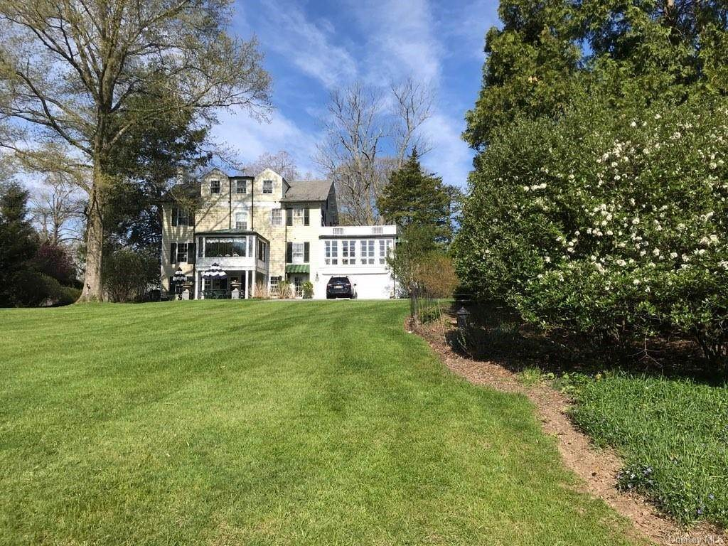 4. Residential for Sale at 34 Maple Avenue Warwick, New York 10990 United States