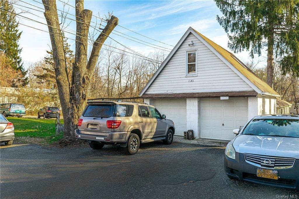 4. Residential Income for Sale at 191 W Clarkstown Road New City, New York 10956 United States