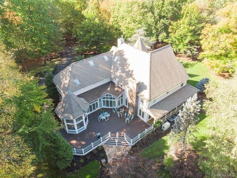 5. Residential for Sale at 423 Buena Vista Road, Clarkstown, NY 10956 New City, New York 10956 United States