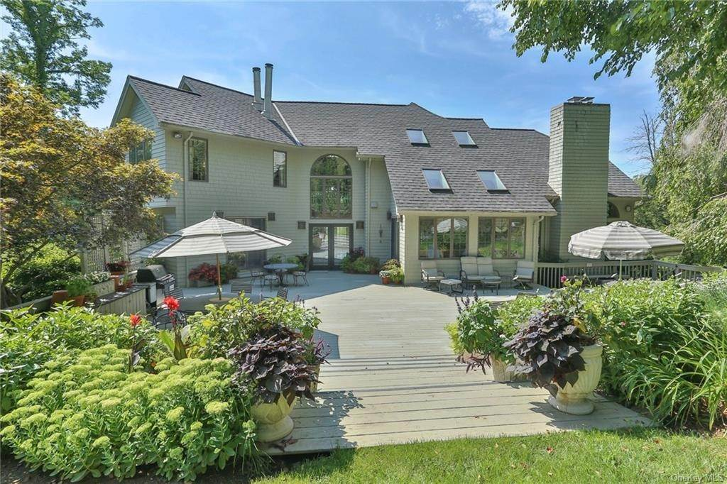 5. Residential for Sale at 649 S Mountain Road, Clarkstown, NY 10956 New City, New York 10956 United States