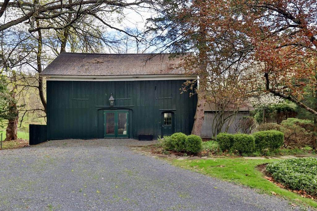 5. Residential for Sale at 34 Maple Avenue Warwick, New York 10990 United States