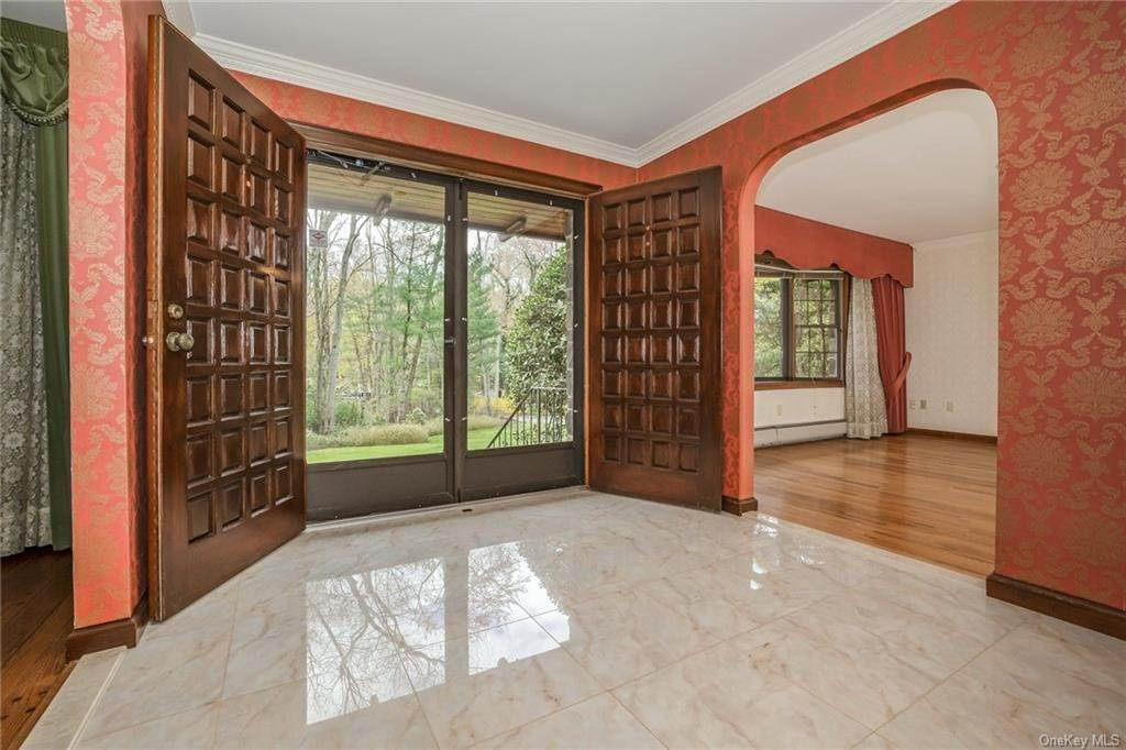 6. Residential for Sale at 1A Century Road Palisades, New York 10964 United States