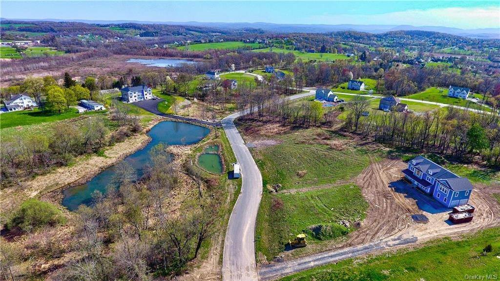 6. Residential for Sale at 48 Rolling Ridge Drive Goshen, New York 10924 United States