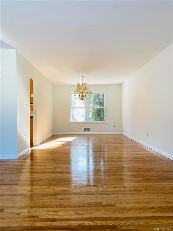 6. Residential for Sale at 101 Pelham Drive Cornwall, New York 12518 United States