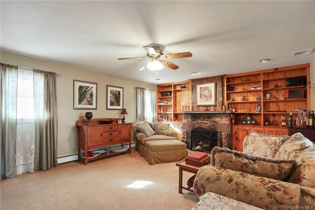 7. Residential for Sale at 195 Parrott Road West Nyack, New York 10994 United States