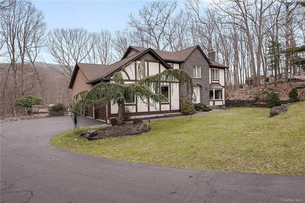 8. Residential for Sale at 5 Kelly Court, Stony Point, NY 10986 Tomkins Cove, New York 10986 United States