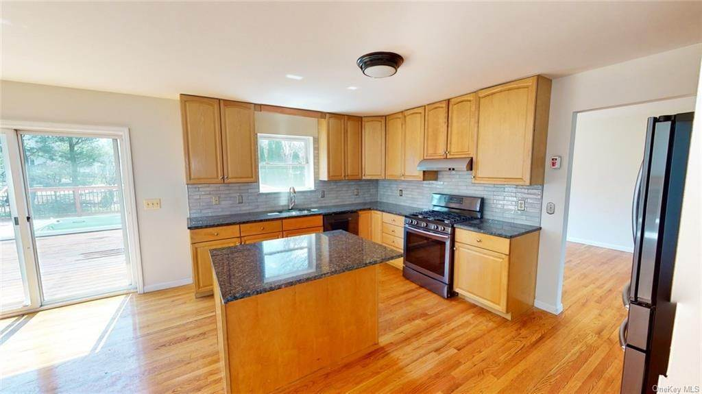 8. Residential for Sale at 101 Pelham Drive Cornwall, New York 12518 United States