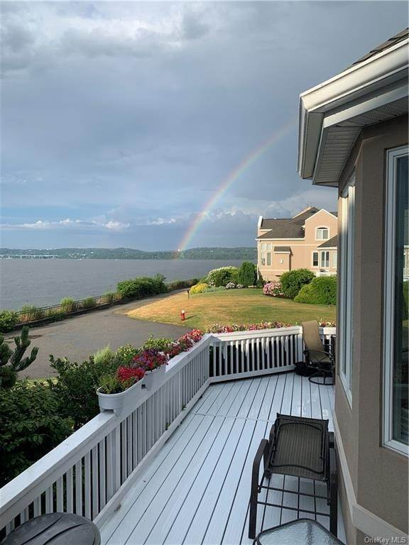 9. Residential for Sale at 210 Erie Court Piermont, New York 10968 United States