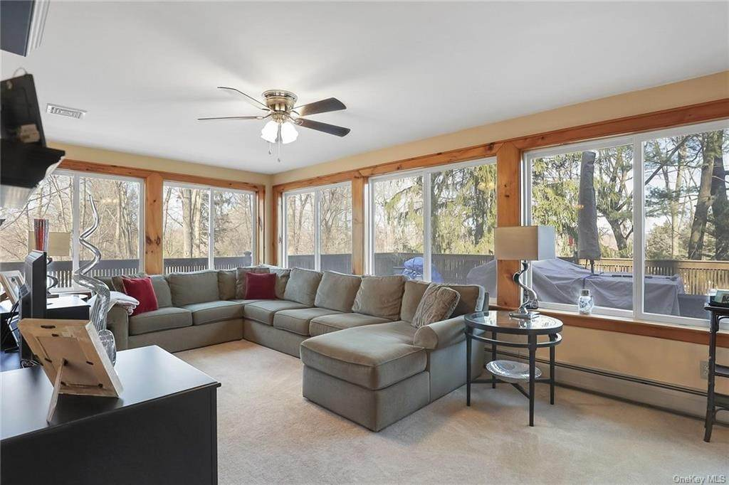 9. Residential for Sale at 195 Parrott Road West Nyack, New York 10994 United States