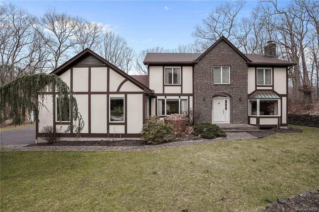 9. Residential for Sale at 5 Kelly Court, Stony Point, NY 10986 Tomkins Cove, New York 10986 United States