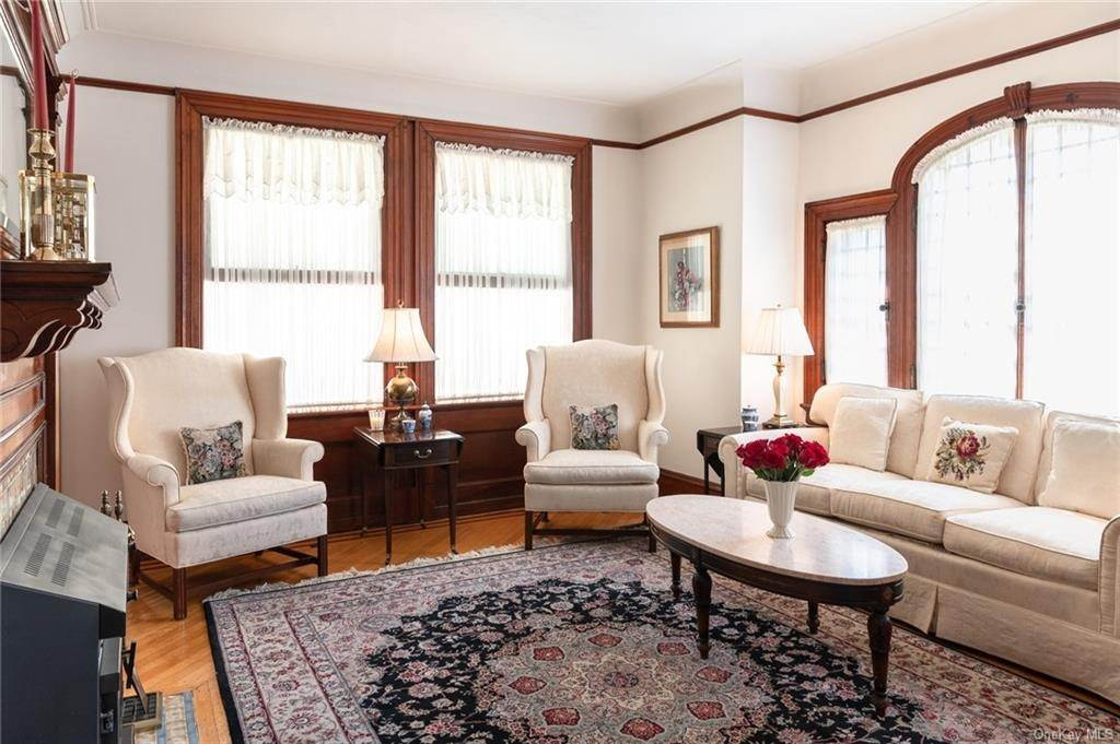 9. Residential for Sale at 230 Hudson Terrace Piermont, New York 10968 United States