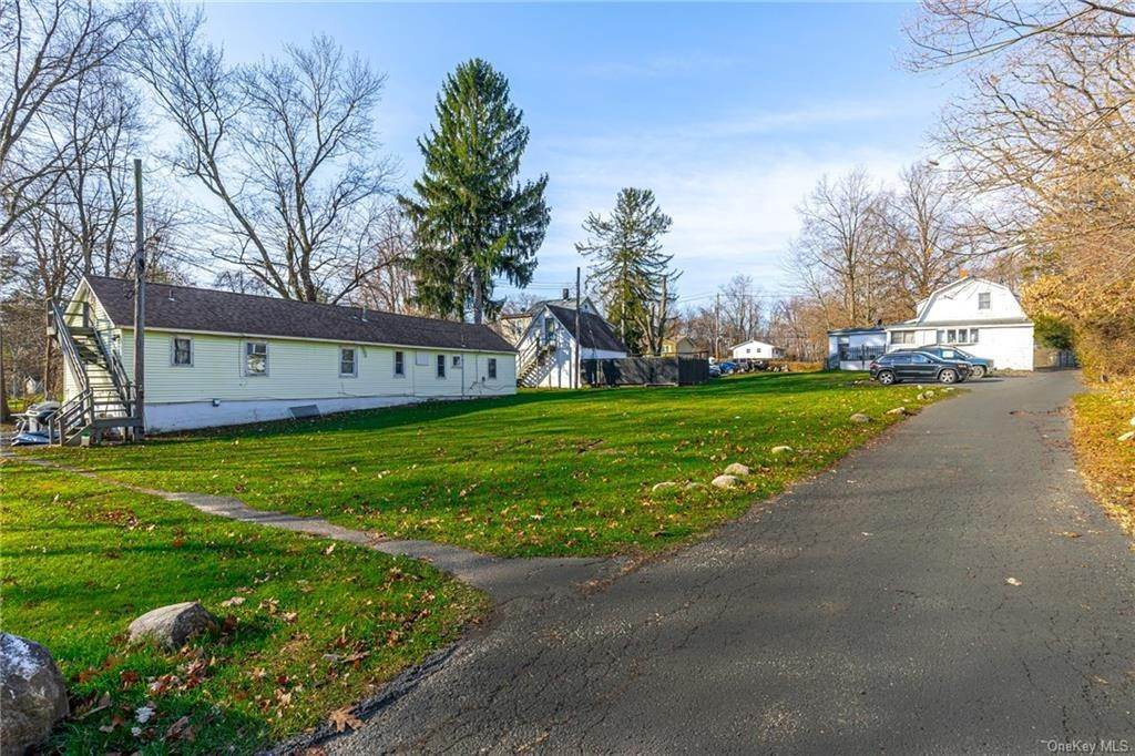 9. Residential Income for Sale at 191 W Clarkstown Road New City, New York 10956 United States