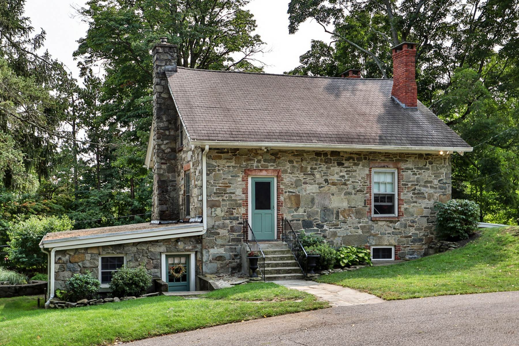 5. Single Family Homes for Sale at c. 1842 Second Empire Stone House 473 Orrs Mills Road Cornwall, New York 12553 United States