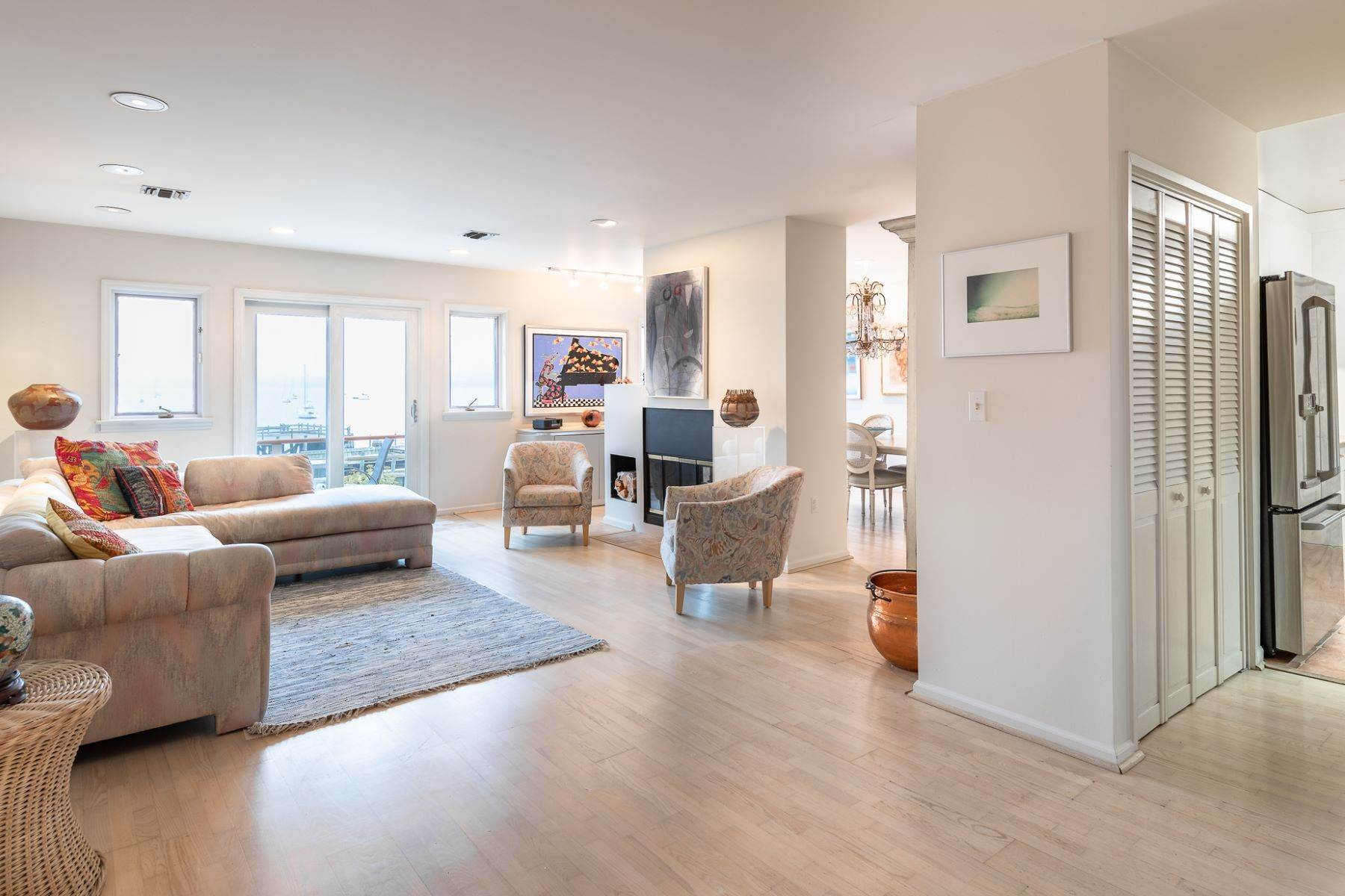 7. Condominiums for Sale at Extraordinary Hudson Riverfront Condo 2 BURD STREET Nyack, New York 10960 United States