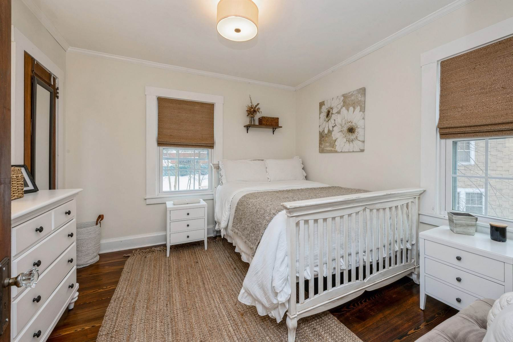 14. Single Family Homes for Sale at Picture-Book c.1900 Colonial 7 Ferdon Avenue Sparkill, New York 10976 United States
