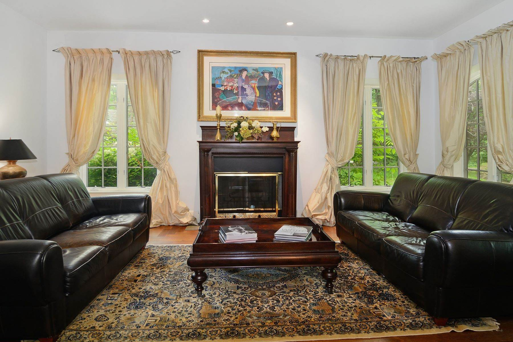 10. Single Family Homes for Sale at Charming French Inspired Cottage 129 Washington Spring Road Palisades, New York 10964 United States