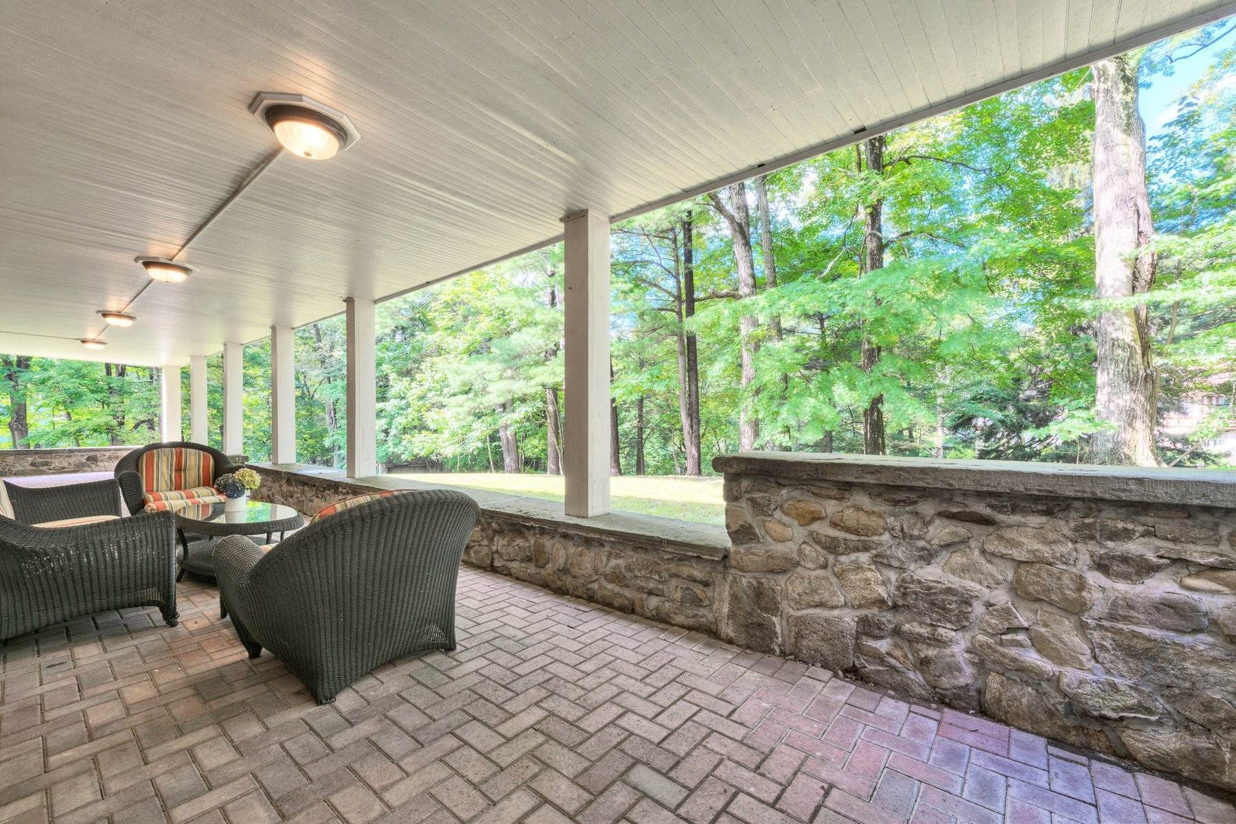 25. Single Family Homes for Sale at 'Horace Waldo Cottage' 160 Continental Road Tuxedo Park, New York 10987 United States