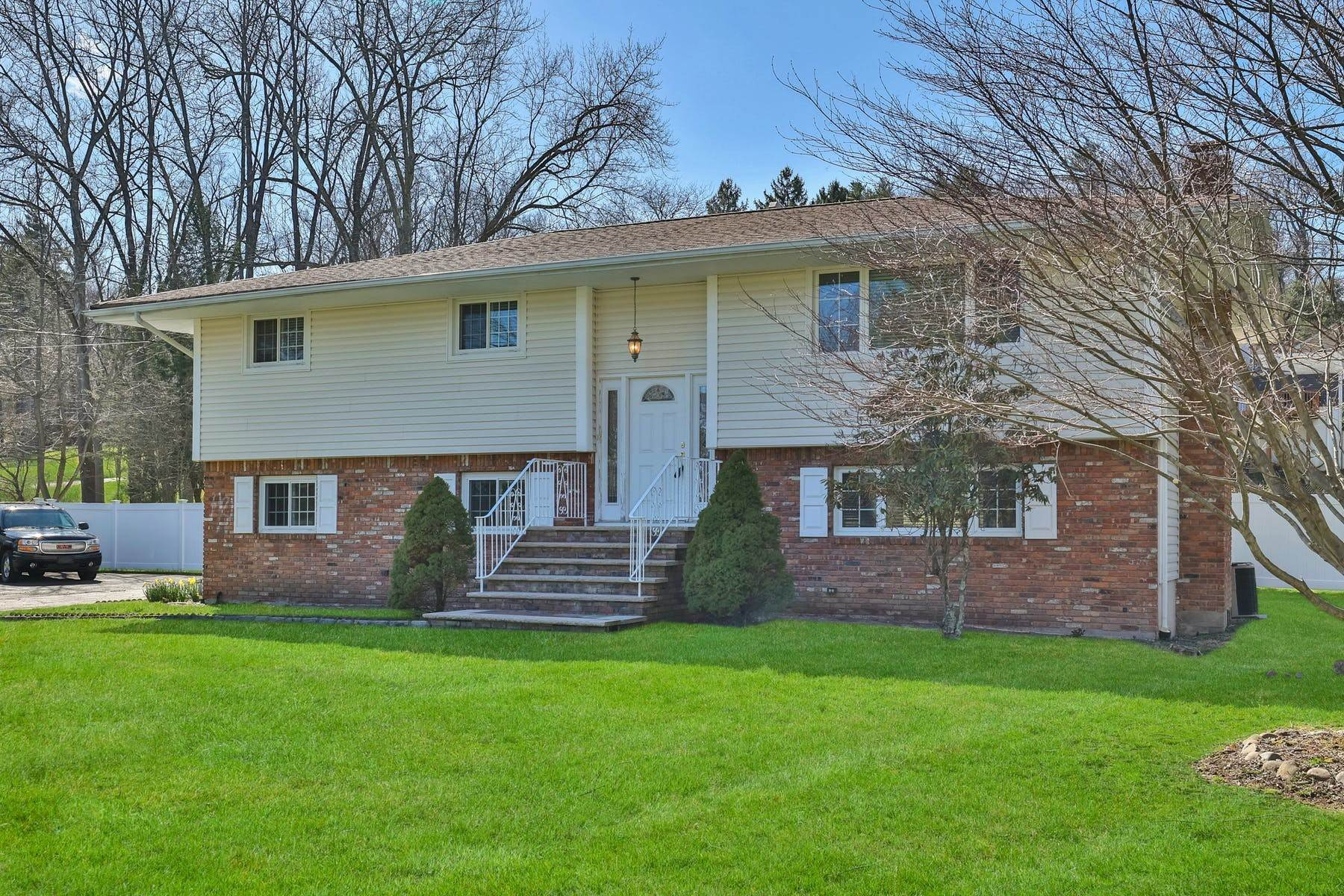 2. Single Family Homes for Sale at Location, Location, Location 514 North Broadway Upper Nyack, New York 10960 United States