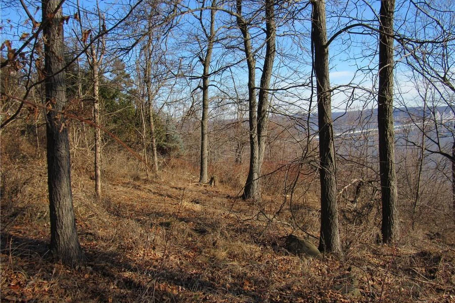 4. Land for Sale at Build Your Dream Home 81 Tweed Blvd. Upper Grandview, New York 10960 United States
