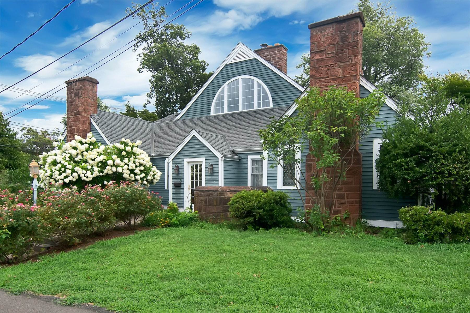 Single Family Homes for Sale at Custom Contemporary Colonial 2 Gurnee Avenue South Nyack, New York 10960 United States