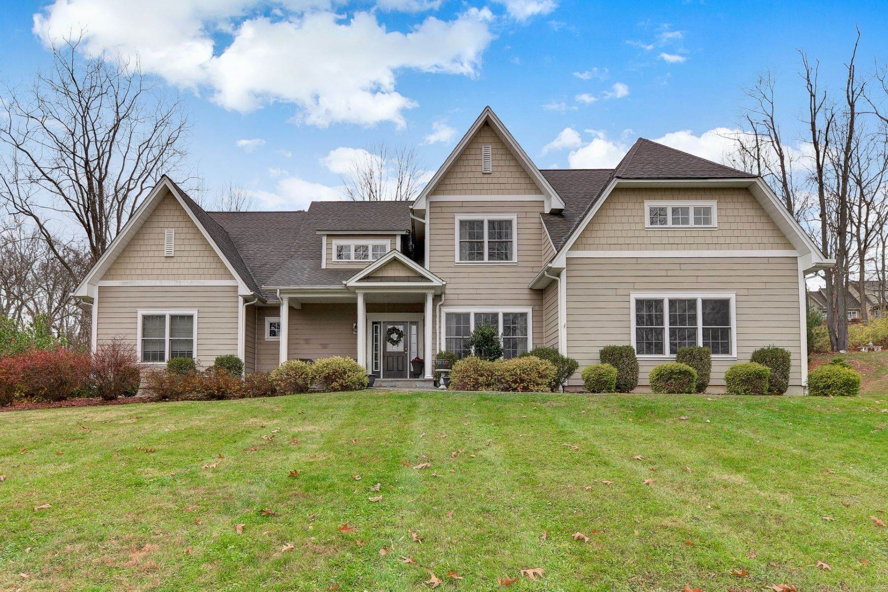 Single Family Homes for Sale at Contemporary/Colonial 1 Old Orchard Ridge Way Warwick, New York 10990 United States