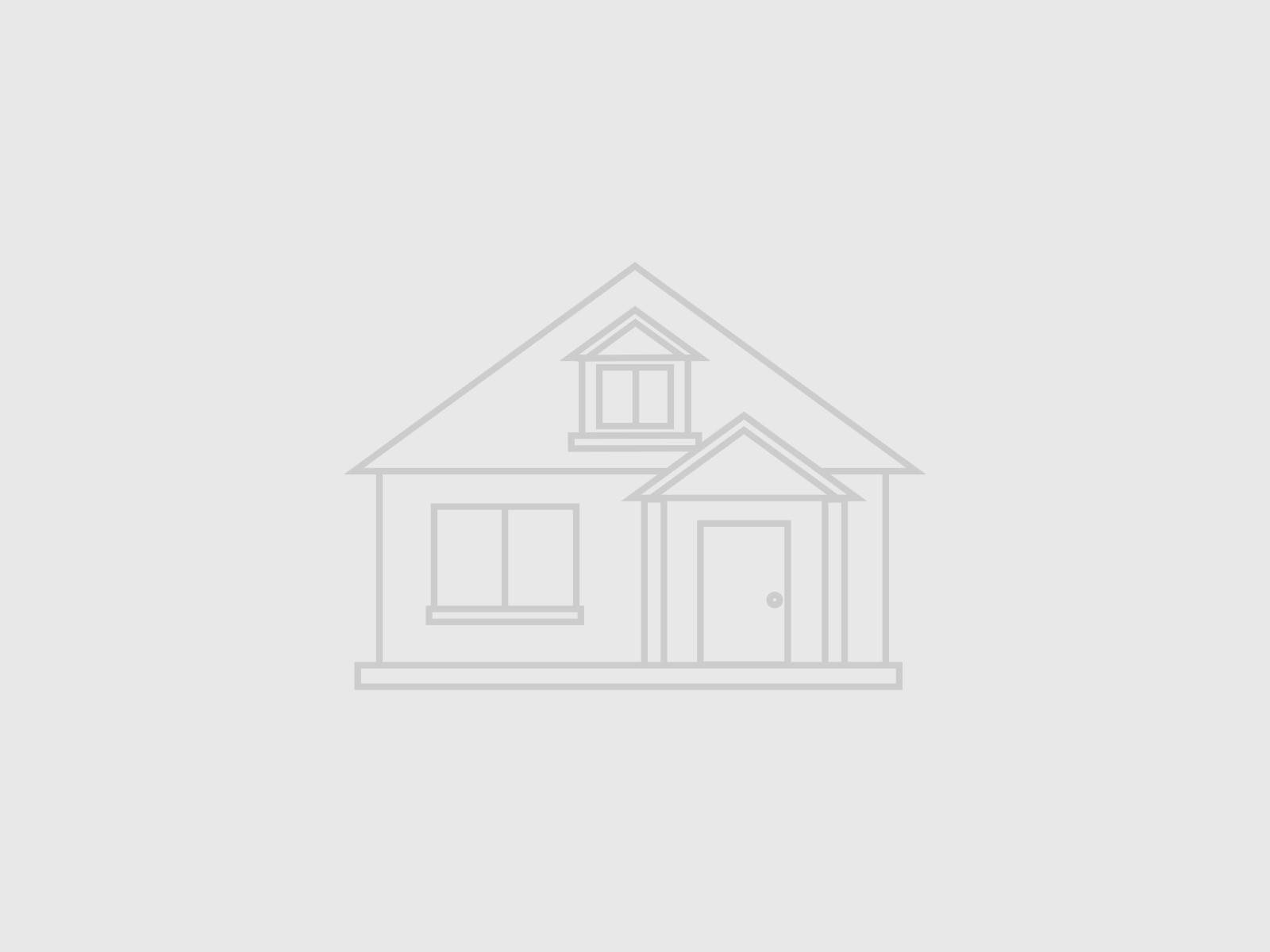 Residential for Sale at 433 Oceanpoint Avenue Cedarhurst, New York 11516 United States